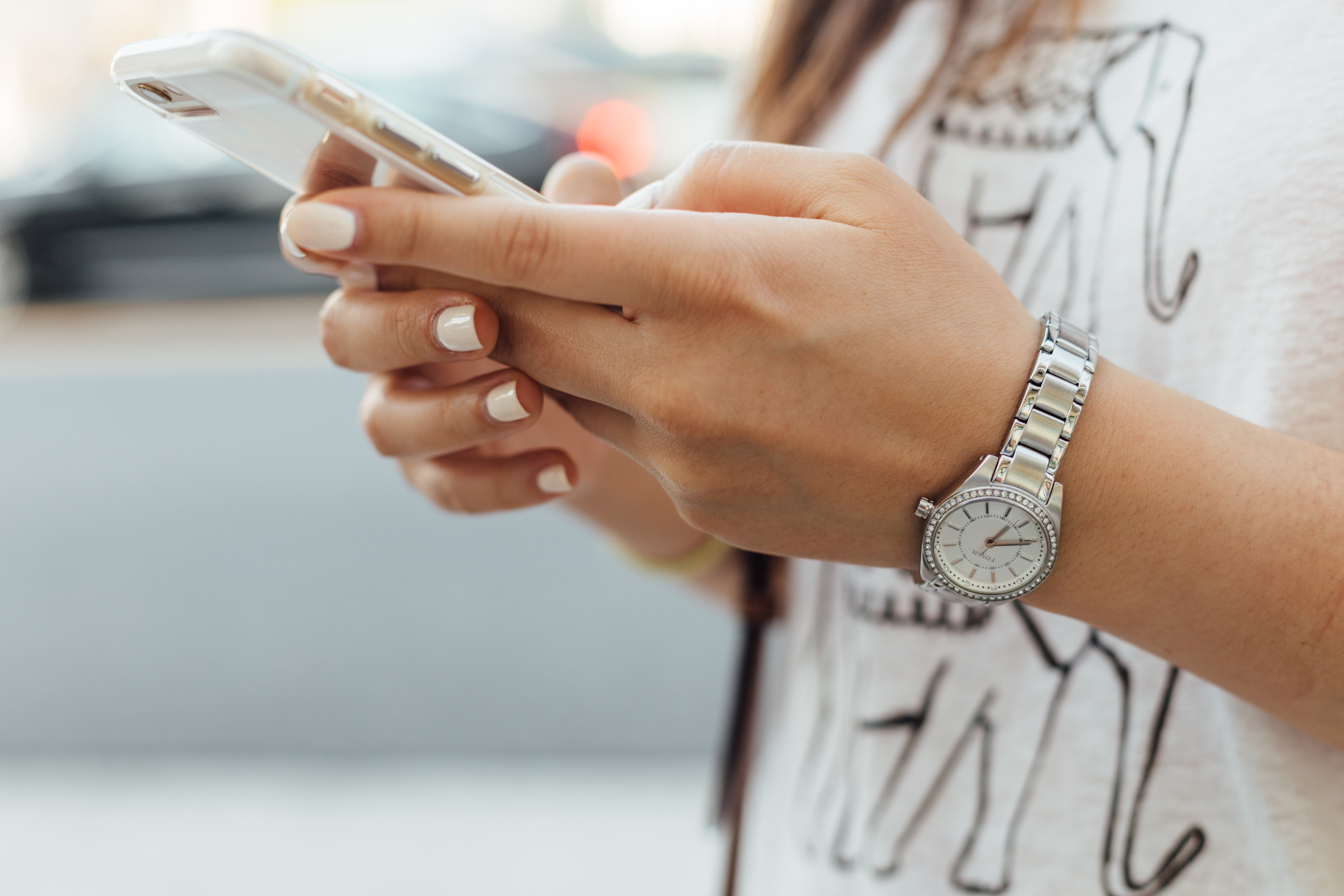 young adults addicted to social media